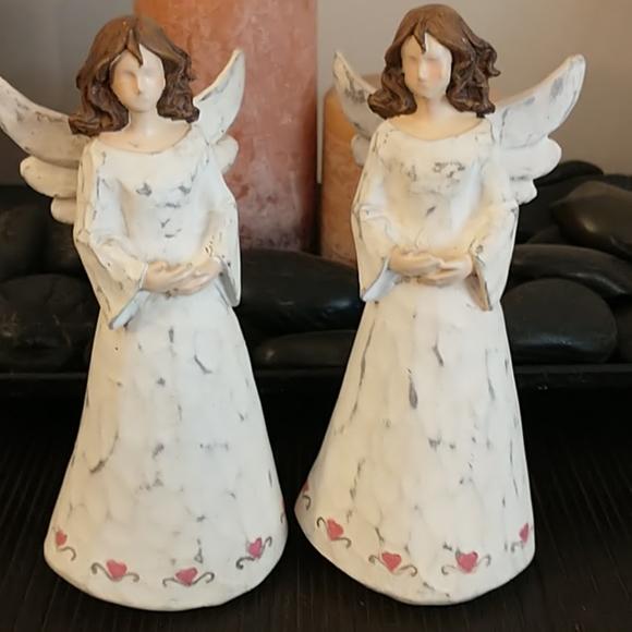 Pair of Beautiful Resin Angels 😇